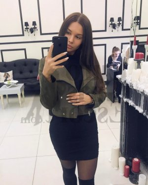 Gyslene live escort & happy ending massage