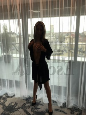 Shainez happy ending massage in Claiborne, live escort