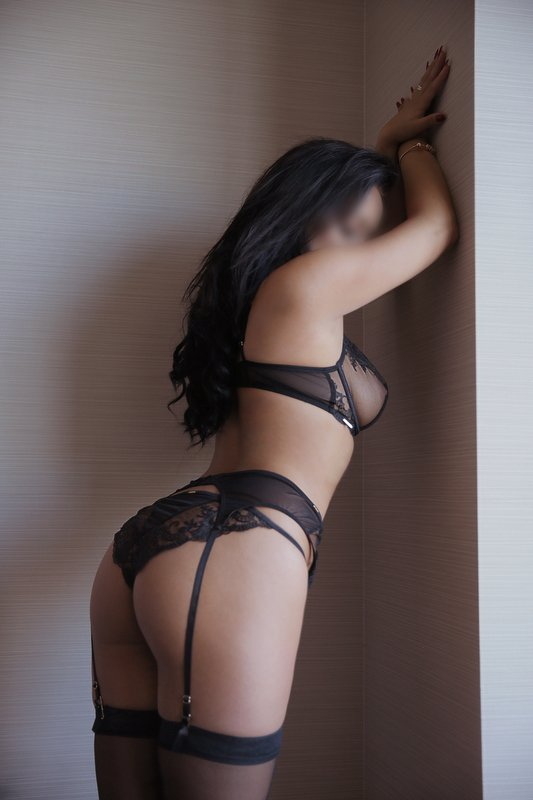 thai massage in Greencastle Indiana and call girl